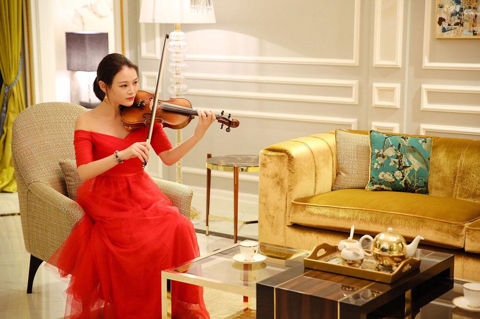 女小提琴1.jpg